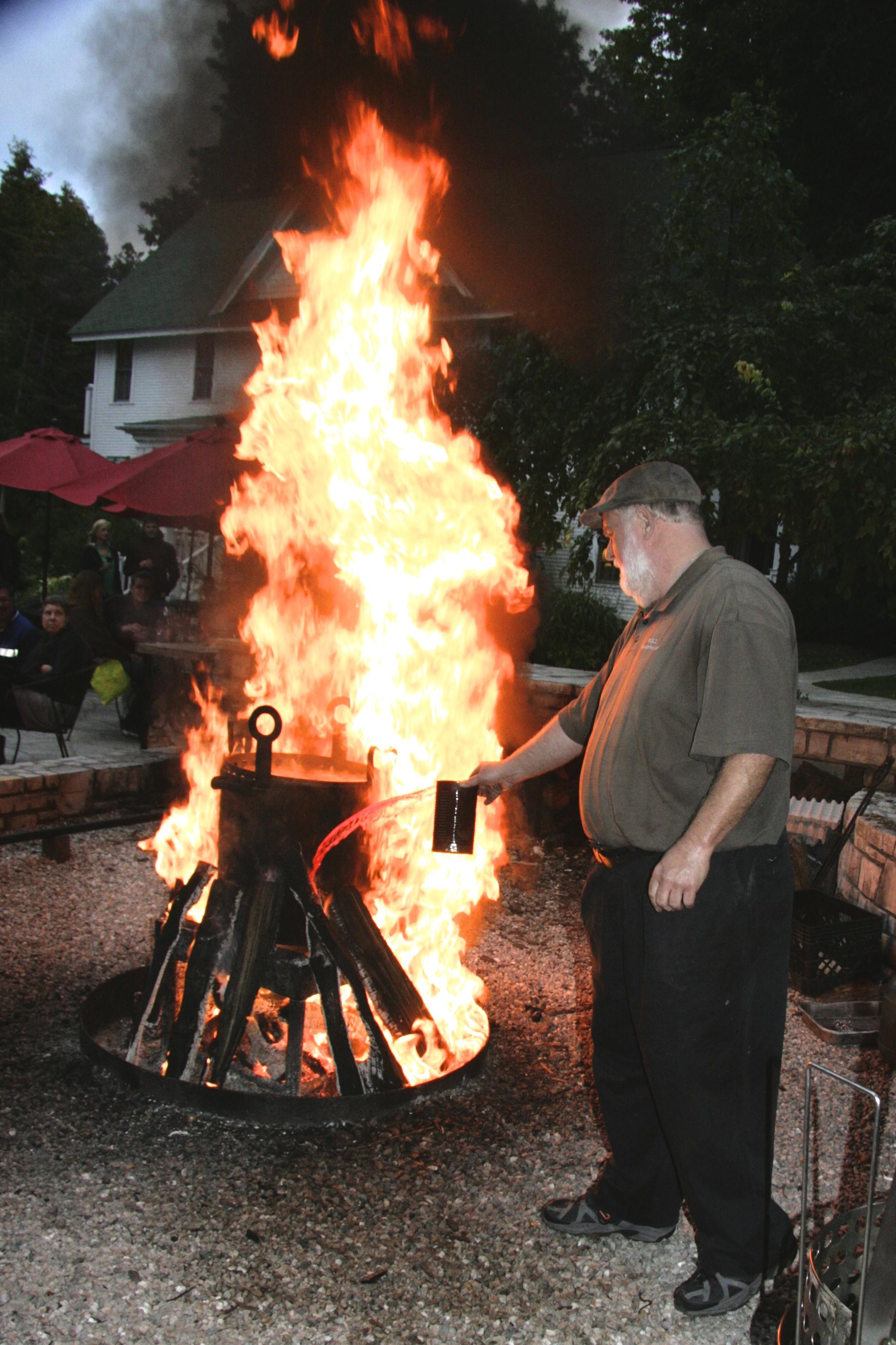 Door county wisconsin fish boil a cook 39 s california for Door county fish boil