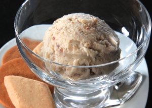 Date and Walnut Ice Cream